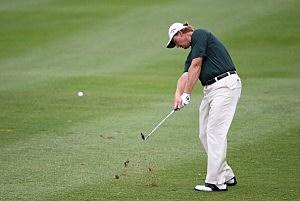 Ernie Els golfing