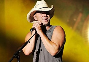 Kenny Chesney bringing tour to Rochester NY