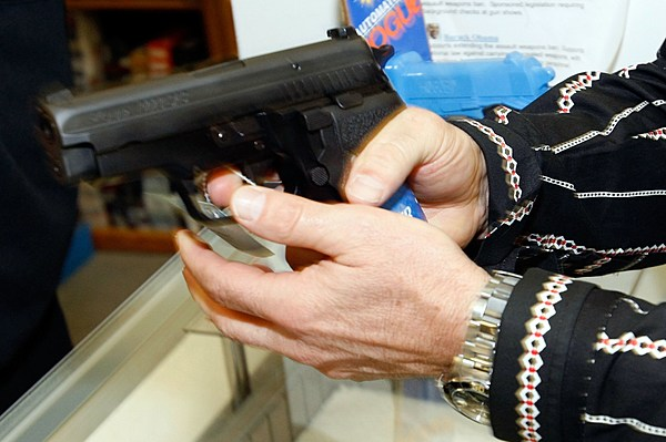 a debate on loosening restrictions on handguns Relaxed rules for carrying concealed guns in public may not be challenged by california state officials or advocacy groups, a federal appeals panel decided wednesday.
