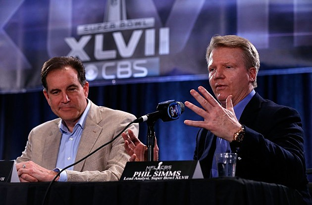 Jim Nantz (Left) and Phil Simms (Right)