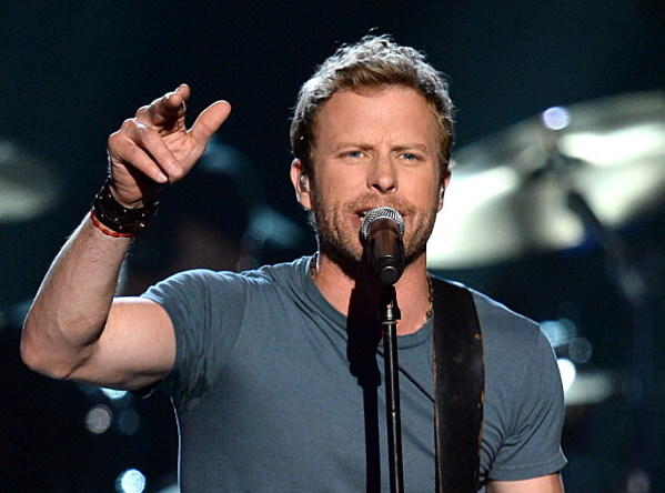 listen to dierks bentley 39 s 39 drunk on a plane 39. Cars Review. Best American Auto & Cars Review