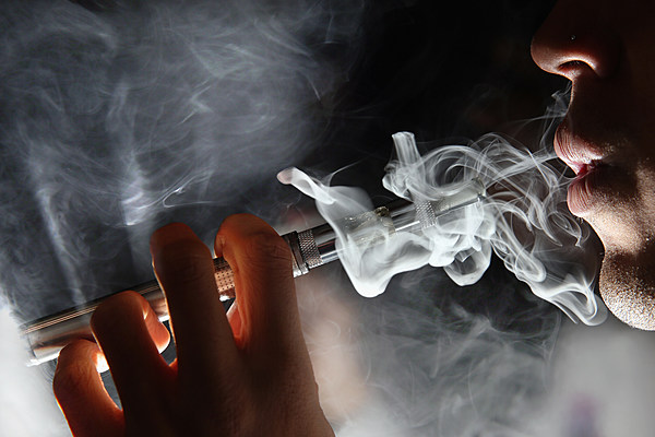 argumentative essay about smoking cigarettes