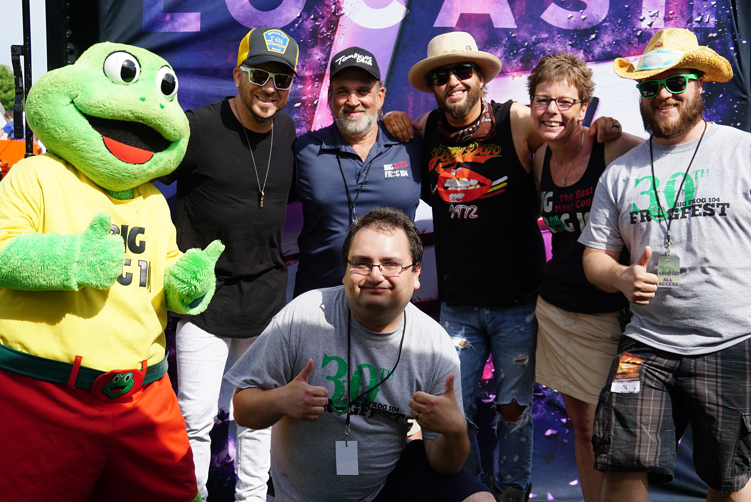 Locash Meets Fans At Frogfest 30